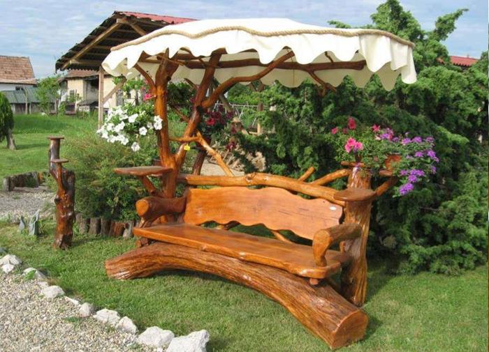 Столы скамейки, колодца